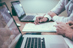 Should accountants offer HR services?